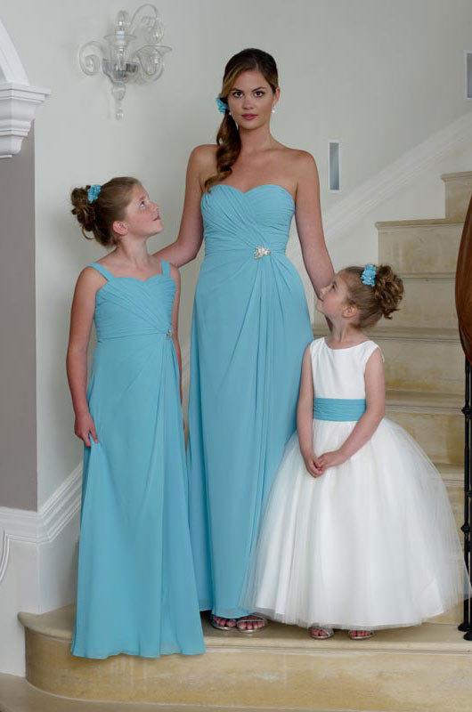 Bridesmaids | Love Your Curves Bridal | Glasgow, Scotland